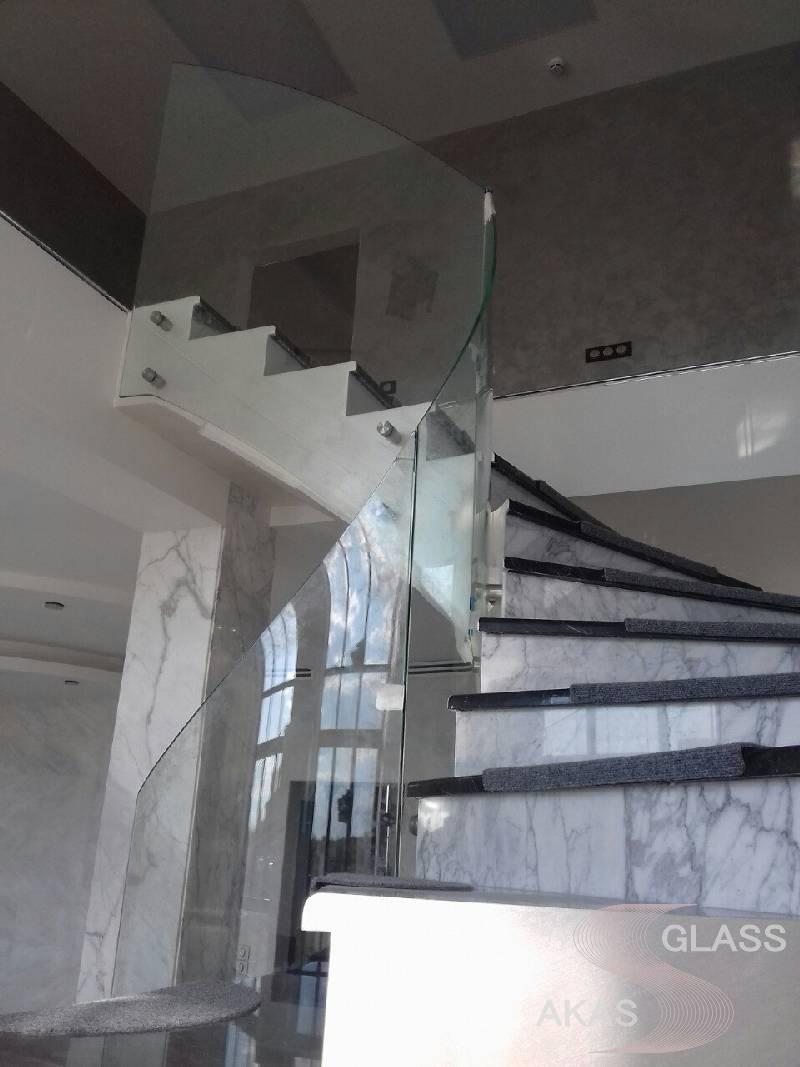 Стеклянные лестничные ограждения, Москва