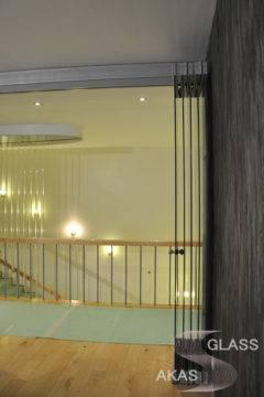 Стеклянные двери «Гармошка»