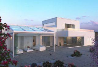 Дом в средиземноморском стиле со стеклянной крышей