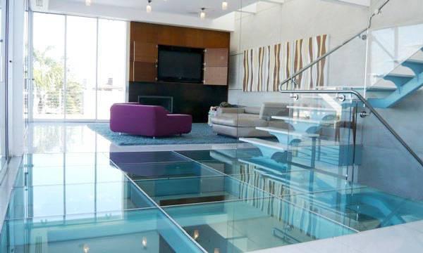 стеклянный пол в интерьере дома